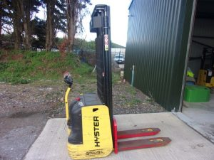 HYSTER S1.2AC Pallet Stacker Image